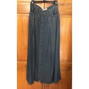 Free People denim skirt!